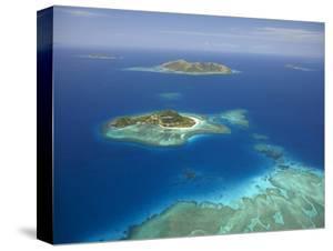 Matamanoa Island and Coral Reef, Mamanuca Islands, Fiji by David Wall