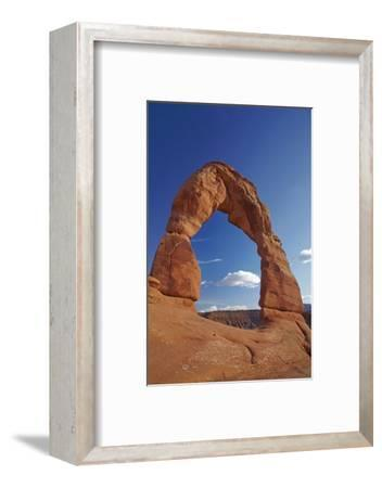 Utah, Arches National Park, Delicate Arch, 65 Ft. 20 M Tall Iconic Landmark