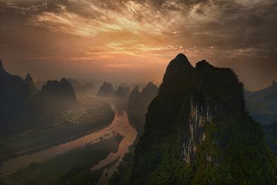Dawn At Li River-Mieke Suharini-Photographic Print