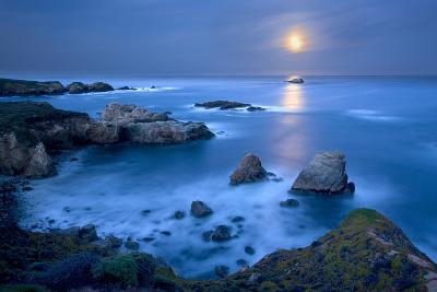 Dawn Moonset at Garrpata State Park-Don Smith-Photographic Print