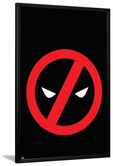 Deadpool Kills Deadpool #4 Cover: Marvel Universe (General)-Mike Del Mundo-Lamina Framed Poster