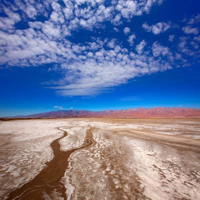 https://imgc.artprintimages.com/img/print/death-valley-national-park-california-badwater_u-l-q13fajt0.jpg?p=0