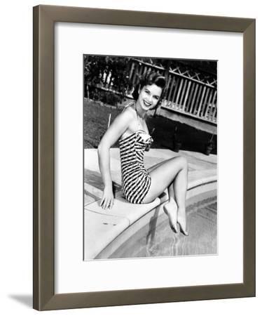 Debbie Reynolds Poolside, 1954