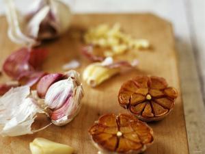 Garlic, Fresh and Roasted by Debi Treloar