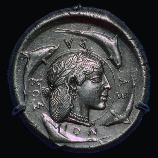 Decadrachm of Syracuse of the fifth century BC. Artist: Unknown-Unknown-Giclee Print