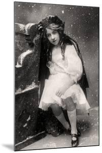 Decima Brooke in Little Red Riding Hood, 1907