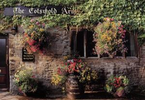 The Cotswold Arms by Dennis Barloga