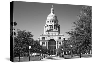 USA, Texas, Austin. State Capitol Building Dome