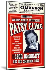 Patsy Cline in Concert, 1961 by Dennis Loren