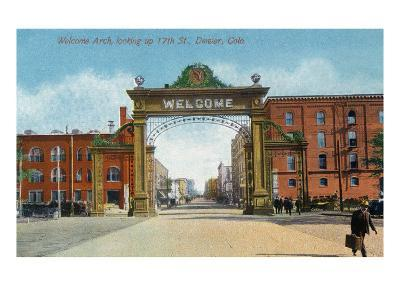 Denver, Colorado - Up 17th Street from the Welcome Arch-Lantern Press-Art Print