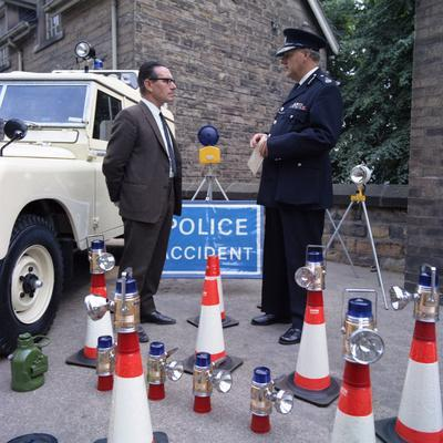 https://imgc.artprintimages.com/img/print/derbyshire-police-commissioner-taking-delivery-of-two-new-land-rovers-matlock-derbyshire-1969_u-l-q10maa10.jpg?p=0