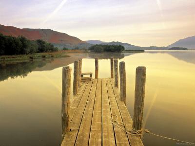 Derwent Water, Lake District, Cumbria, England-Peter Adams-Photographic Print