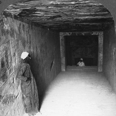 https://imgc.artprintimages.com/img/print/descending-gallery-in-tomb-of-sethos-i-thebes-egypt-1905_u-l-q10lu7i0.jpg?p=0
