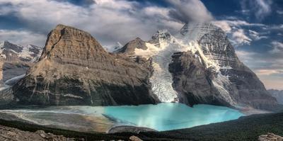 Berg Lake, Mount Robson Provincial Park; Mount Robson Provincial Park,British Columbia,Canada by Design Pics Inc