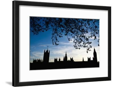 Houses of Parliament Silhouette, London, Uk Dosfotos