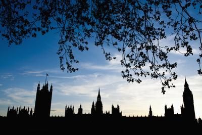 Houses of Parliament Silhouette, London, Uk Dosfotos