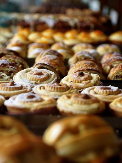 Desserts at Brunetti's, Melbourne, Victoria, Australia-Greg Elms-Photographic Print