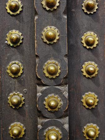 https://imgc.artprintimages.com/img/print/details-of-door-amber-fort-jaipur-india_u-l-p85sj70.jpg?p=0