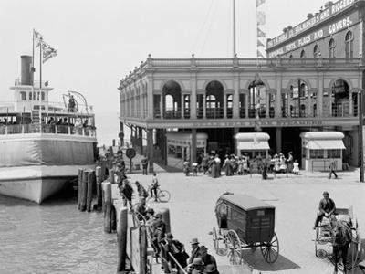 Detroit, Mich., Belle Isle Ferry Dock