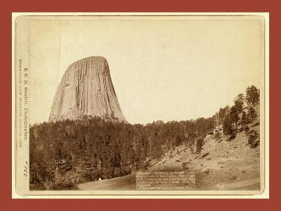 Devil's Tower. Devil's Tower or Bear Lodge. (Mato [I.E. Mateo] Tepee of the Indians)--Giclee Print
