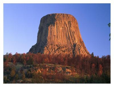 Devil's Tower National Monument showing famous basalt tower, Wyoming-Tim Fitzharris-Art Print