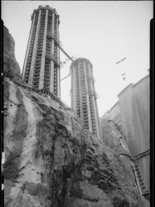 Construction of Hoover Dam by Dick Whittington Studio
