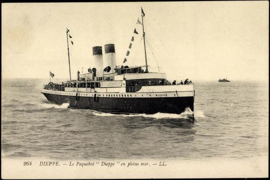 Dieppe, Le Paquebot Dieppe En Pleine Mer--Giclee Print