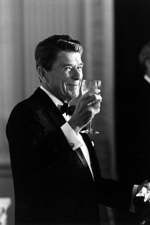 https://imgc.artprintimages.com/img/print/digitally-restored-photo-of-president-ronald-reagan-making-a-toast_u-l-pn8gnw0.jpg?p=0