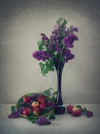 Still Life With Lilac