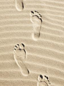 Footsteps on Sand by Dimitri Otis