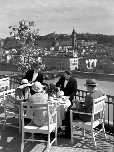 Dining Outside at Restaurant on Roof of Excelsior Hotel-Alfred Eisenstaedt-Photographic Print