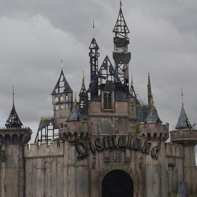 https://imgc.artprintimages.com/img/print/dismal-s-castle-photo_u-l-q139zkz0.jpg?p=0