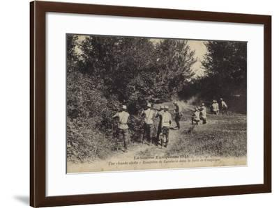 Dismounted French Cavalry Dispatch Riders Firing at the Enemy--Framed Photographic Print