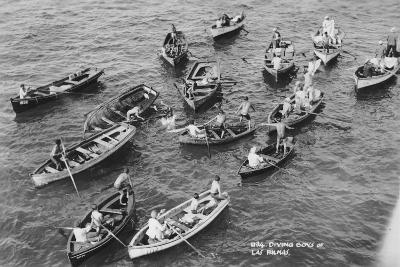 Diving Boys at Las Palmas, Gran Canaria, Canary Islands, Spain, 20th Century--Giclee Print