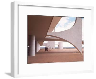 Oscar Niemeyer's Palacio Do Planalto Facade with Visitors Walking