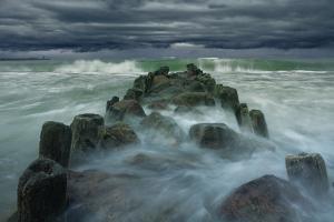 Breakwater by Dmitry Kulagin