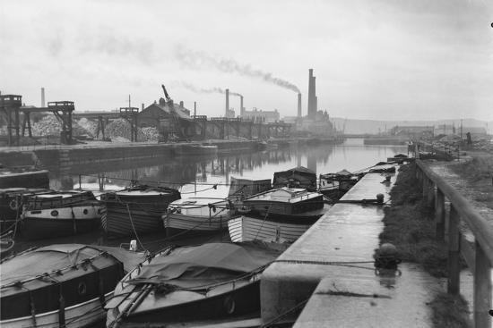 Docks at Weston Point--Photographic Print