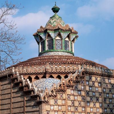 Dome of the Horses's Pavilion. Finca Guell. by Antoni Gaudi (1852-1926). Barcelona--Photographic Print