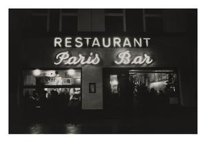 Vogue - October 1985 - Paris Restaurant in Berlin by Dominique Nabokov