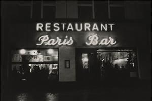 Vogue - October 1985 - Paris Restaurant in Berlin by Dominique Nabokov