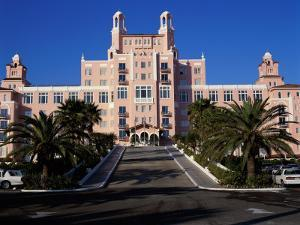 Don Cesar Beach Resort, St. Petersburg Beach, Florida USA