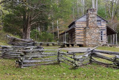 Tennessee, Great Smoky Mountains NP. John Oliver Place in Cades Cove