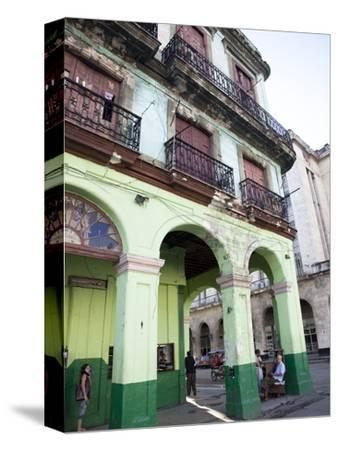Old Buildings With Porticos, Havana, Cuba, West Indies, Central America