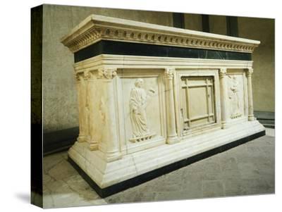 Altar, Old Sacristy
