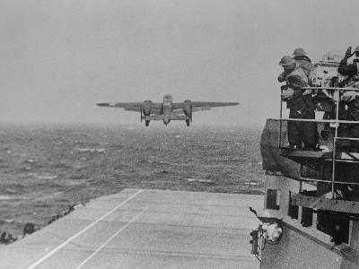 Doolittle Raid on Tokyo,B-25 Leaves USS Hornet--Photographic Print