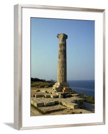 Doric Column, Temple of Hera Lacinia, Capo Colonna, Calabria, Italy--Framed Giclee Print