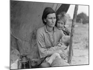 Migrant agricultural worker's family, 1936 by Dorothea Lange