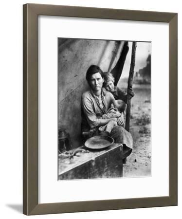 Migrant Mother Florence Thompson and Children Photographed by Dorothea Lange