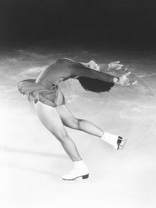 Dorothy Hamill, Star Skater, Performs a Layback Spin