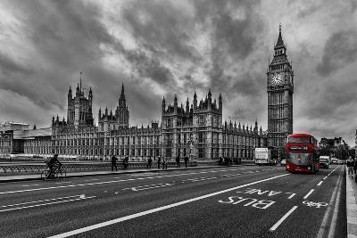 Double Decker, London-Vladimir Kostka-Photographic Print